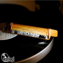 Szczoteczka antystatyczna węglowa   imitacja drewna