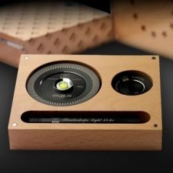 Zestaw VIP - JR Audio, stabilizator ze stroboskopem i poziomicą, latarka, krążek centrujący